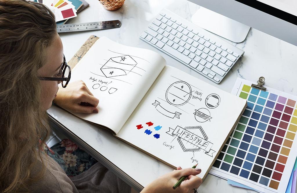 Cómo modernizar un logo
